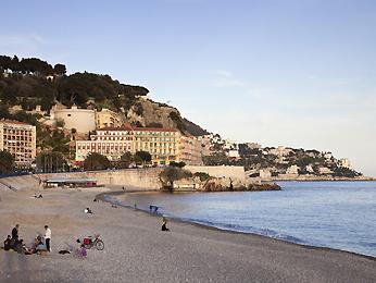Пляжный отдых в Ницце и Паттайе